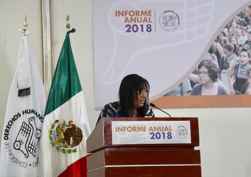 Reconocemos la incansable labor en la defensa de los derechos humanos de la ciudadanía por parte de la Presidenta de la @CDHDF, Nashieli Ramírez Hernández, a quien acompañamos en la presentación del #InformeCDH2018.