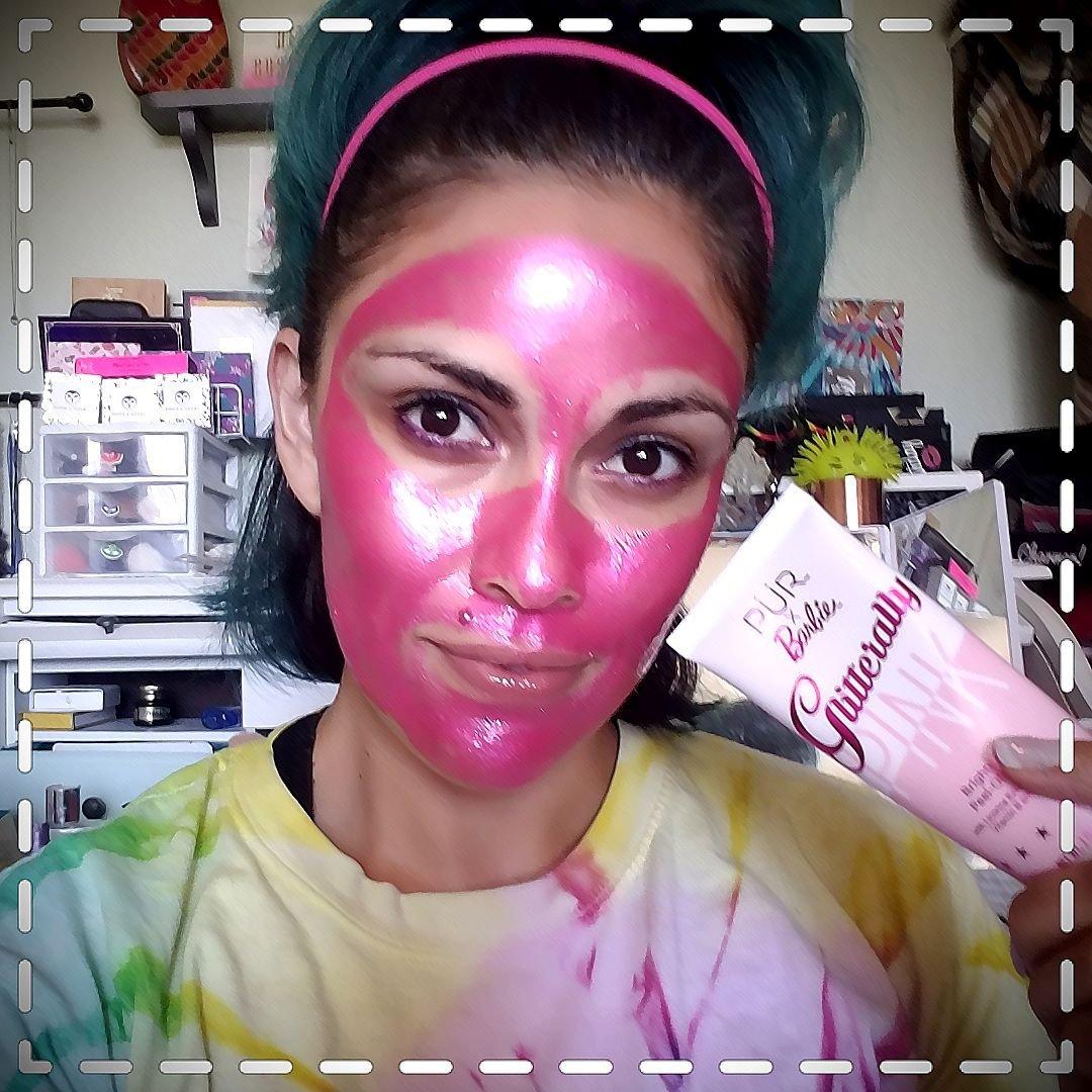 Because on Wednesday we marked in pink #spanight #purxbarbie #masking #GlitterMask  #SpaNight https://t.co/bM5bI8ajmq