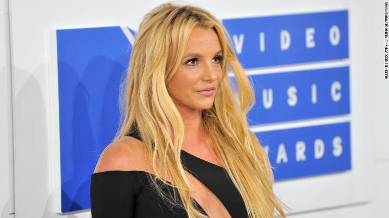The Top 4 female performers in HISTORY (via Rolling Stone):  1. Britney Spears  2. Lady Gaga 3. Madonna 4. Janet Jackson <br>http://pic.twitter.com/v9hkAVDAqX