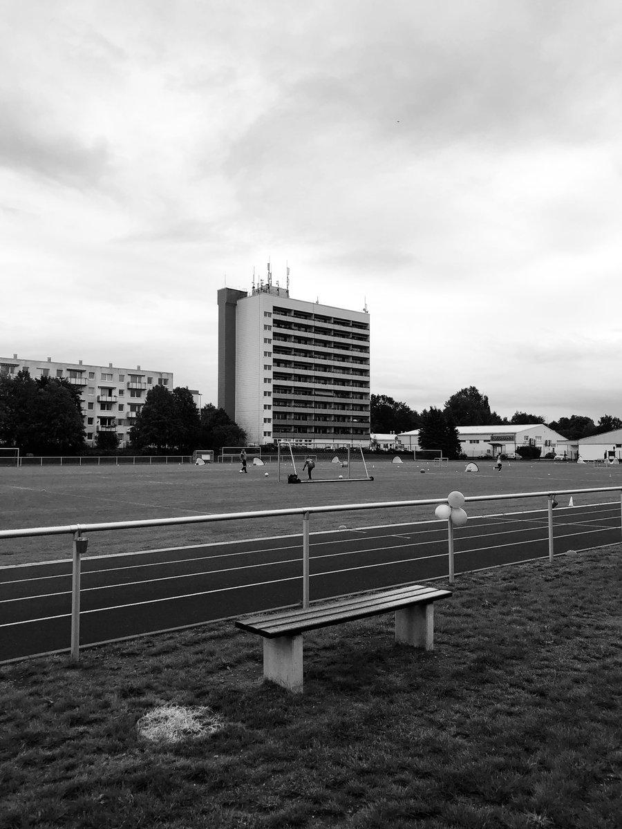 Saisoneröffnung bei den Sportfreunden Schwerin. #Integration in alle Richtungen. #schwerin #sport #integration https://t.co/R9JXEUpMqP