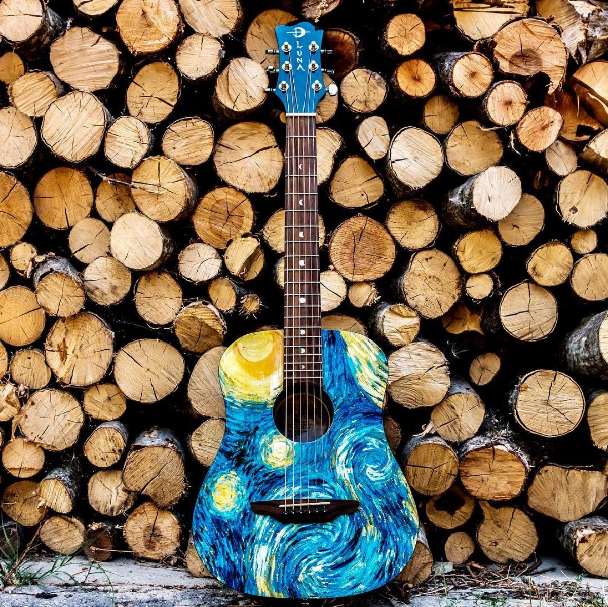 The Luna Safari Series are perfect for a variety of players and needs. #LunaGuitars   https:// bit.ly/2XSfcp6    <br>http://pic.twitter.com/nHY34hRV67