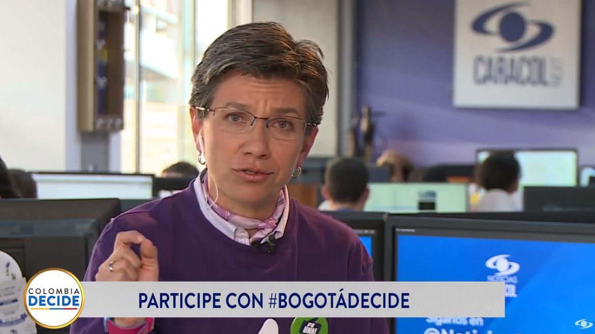 """""""El SITP es una mala herencia de Samuel Moreno y Álvaro Uribe"""": @ClaudiaLopez en #BogotáDecideEN VIVO desde Facebook >>> https://buff.ly/2zb7sR3EN VIVO desde YouTube >>> https://buff.ly/2PaDE1y"""