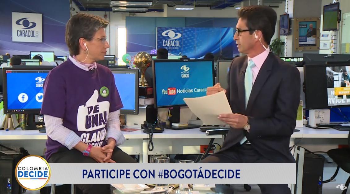 Entrevista con @ClaudiaLopez , candidata a la Alcaldía de Bogotá #BogotáDecideEN VIVO desde Facebook >>> https://buff.ly/2zb7sR3EN VIVO desde YouTube >>> https://buff.ly/2PaDE1y