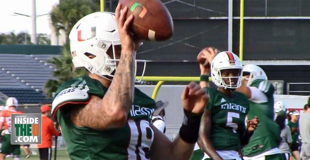 RT @InsideTheU: VIDEO: Miami Hurricanes' Tate Martell catching passes in quarterback drills https://t.co/QoZFWUwR7M https://t.co/ItEUv2j4cN