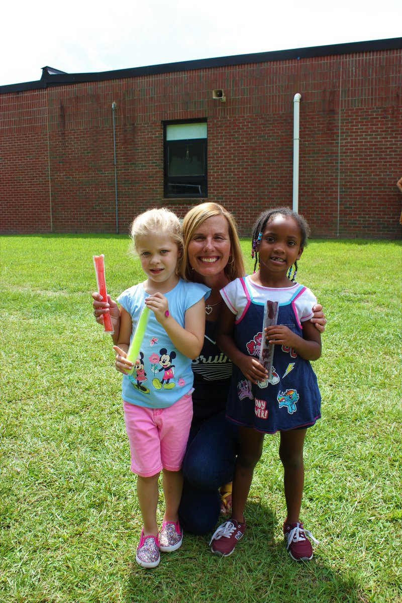 Thank you to all the kindergarten families who came to our Popsicle with the Principal event today. We are so excited to have you join our WBP family!