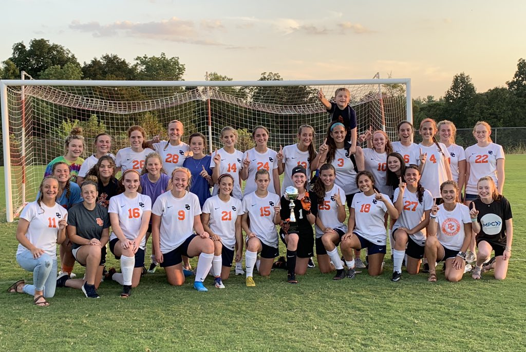 @DCCOUGARS Soccer defeat the @creekwoodhs Soccer 7-0 to take the Ladies Rivalry Cup! @DCcougarnation @DicksonSports @DicksonPost #seizetheday <br>http://pic.twitter.com/PKLJgX46Ie