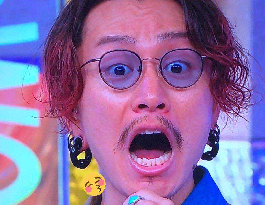 おはようしょーたくん?美容整形外科の先生によると、イケメンの定義は鼻筋が通ってることなんだって!????どおりでかっこいいはずよ?どんな表情でもかっこいいもんねー?今日も当然のごとく素敵なんだろうなー?らびゅー????#安田章大