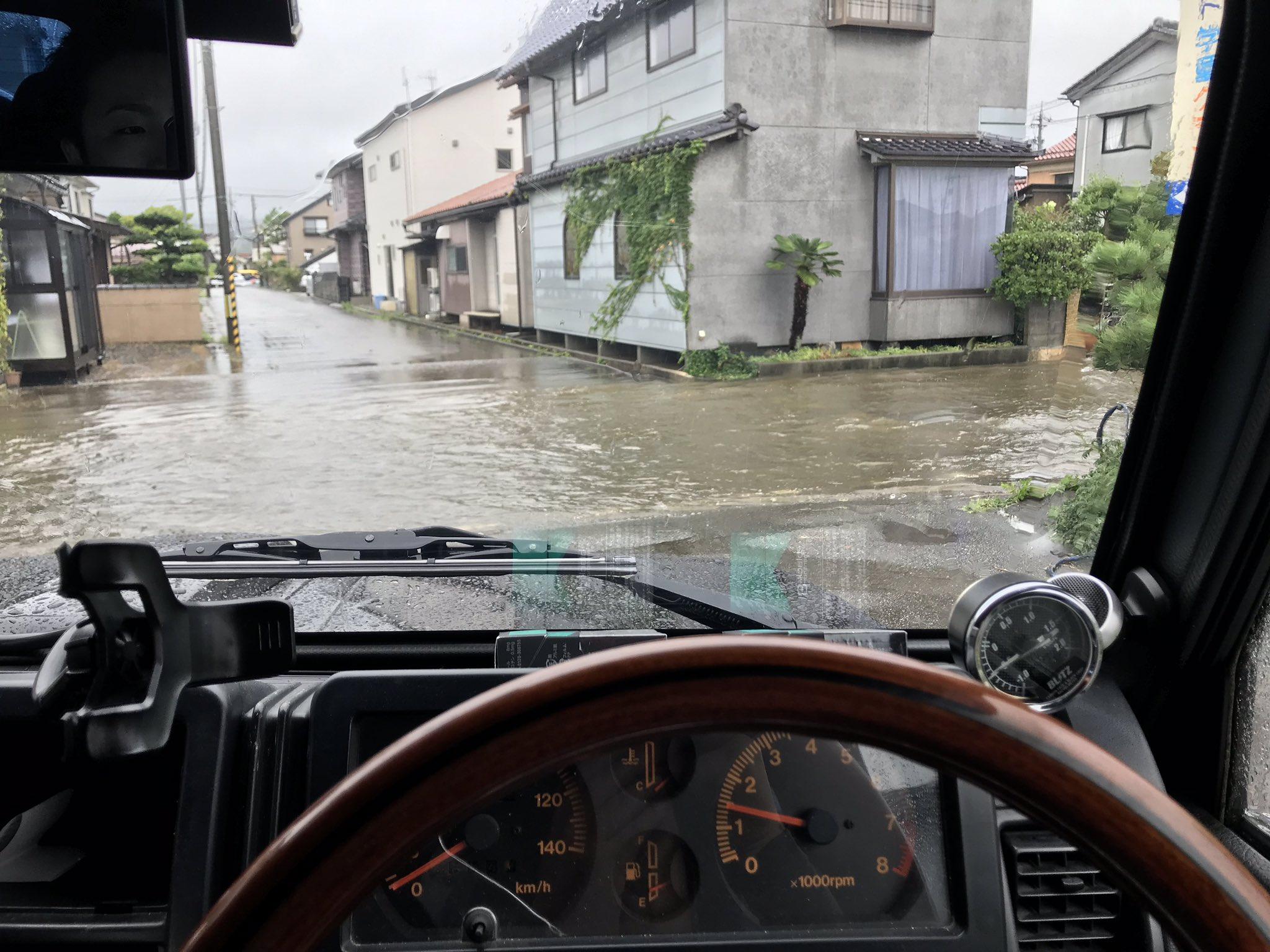 七尾市が大雨で冠水している現場の画像