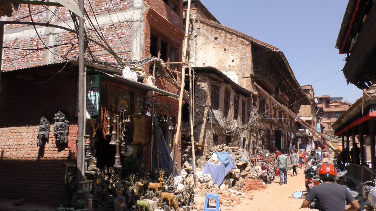Next #travelvideo from #Bhaktapur #Nepal #culture #history #royalcity #KathmanduValley #heritage #earthquake  Located about 20 km east of Kathmandu, Bhaktapur is known as the 'Living Heritage'. One of the 3 royal cities in the Kathmandu Valley. #travel #seetheworld #ElonTravel