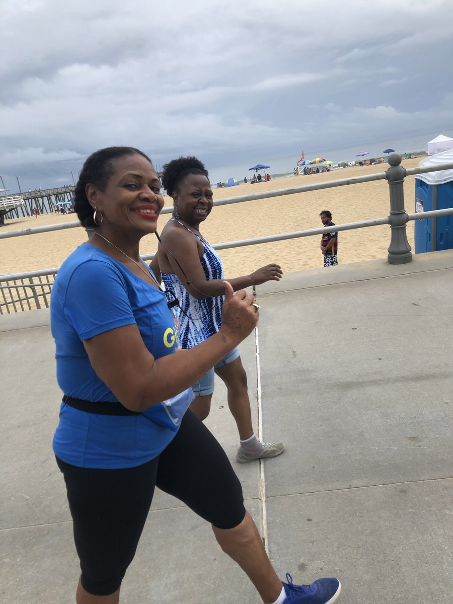 @GirlTrek More Pix!!! - Cindy's Virginia Beach Oceanfront/Boardwalk Fun-in-the-Sun Trek Beach Day... Cindy's Ladies and Fun- in -the- Sun Girl Trekkers Beach Day.... Danita, Kitty, Bunmi, Veronica, Jocelyn, Alberta, Janet, Francesca, Cynthia P., Sandy, Denise, Cindy B.... <br>http://pic.twitter.com/jvcfYnRycC
