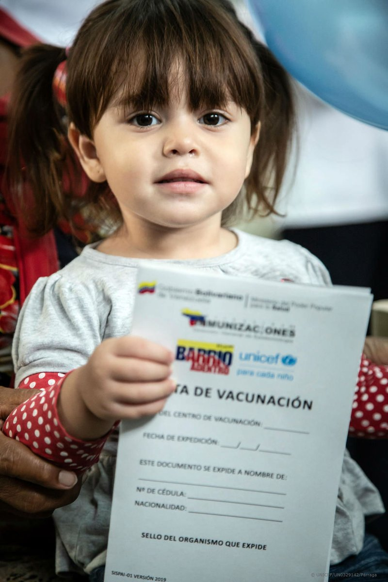 Elizabet has just taken her #polio vaccine in #Venezuela. As part of a mass vaccination campaign, #UNICEF has helped reach 3.1M children under the age of six to help #endpolio and keep the country polio-free. v/@unicef @unicefvenezuela #VaccinesWork