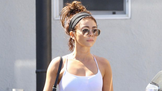 Sarah Hyland looks AMAZING while flaunting her toned abs in a sports bra at the gym https://t.co/2vzFiA87xp https://t.co/8lGvaj9KGn