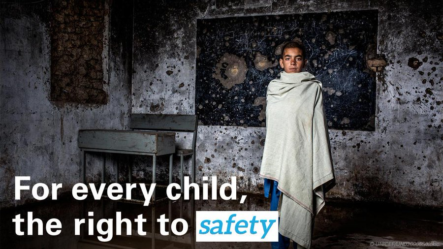 No child should have to go to school with conflict raging outside the classroom. UNICEF calls on countries to fulfil the 30-year-old promise they made to keep every child safe in war: uni.cf/2ZiDjKZ Please RT: children are #NotATarget! @educannotwait v/@unicefrosa