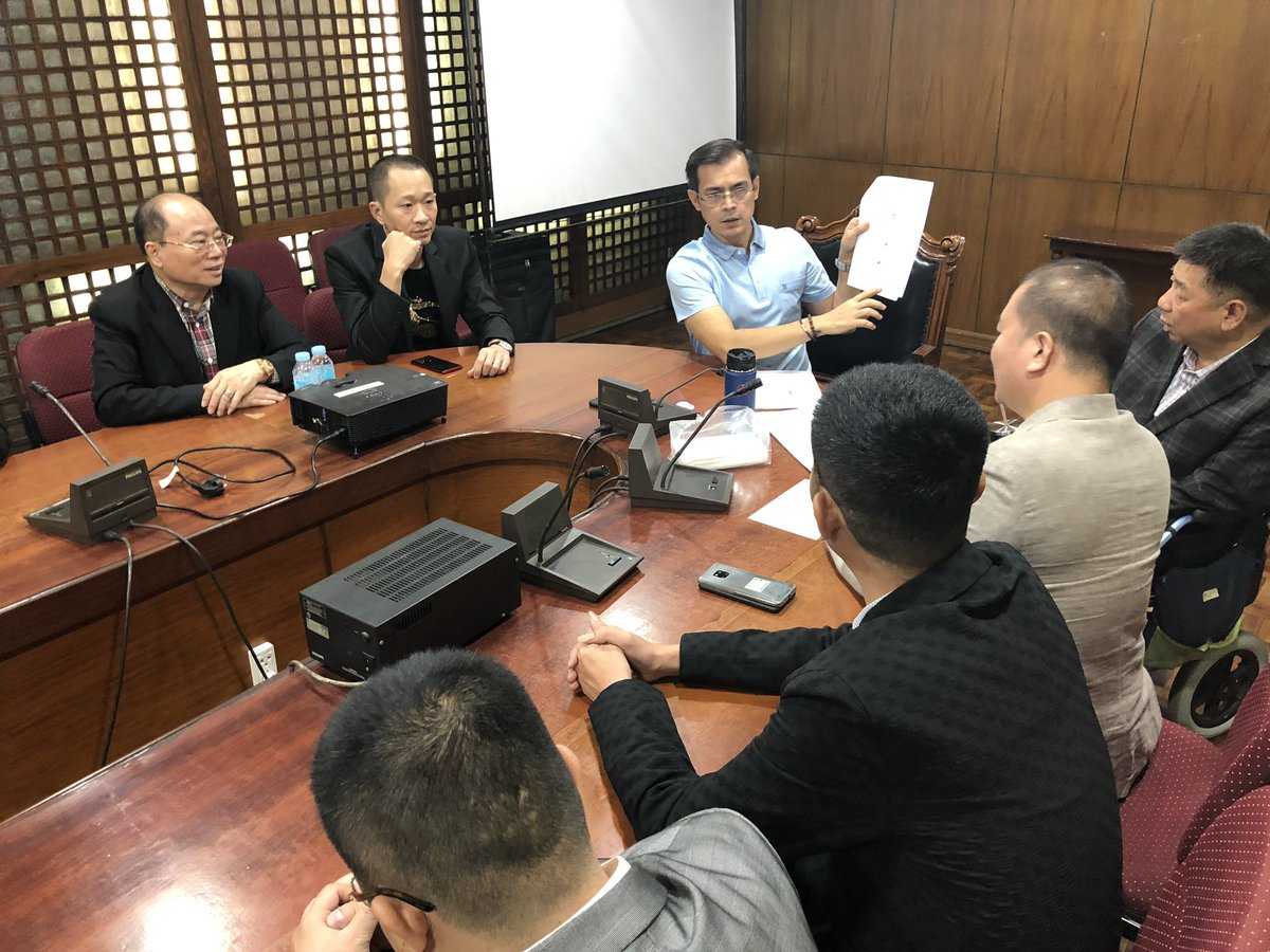 NOW: Philippine Chinese Chamber of Commerce and Industry, Inc (PCCCI) pledges to support the street light project of the Mayor @IskoMoreno which will bring back the old spanish lamp posts in Jones Bridge in Manila.