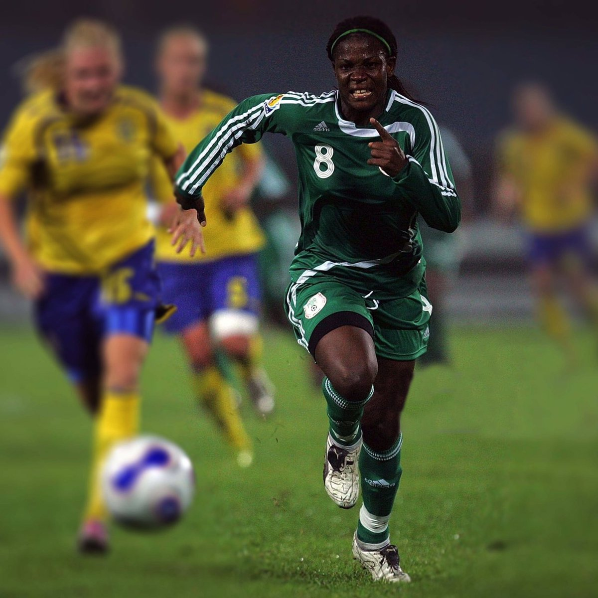 The NFF have announced the demise of former Super falcons captain Ifeanyichukwu Stephanie Chiejine.  Chiejine passed on after a brief illness on Wednesday, 21st August 2019.  May her soul rest in perfect peace   #brilafm #brilasports #PrayForTheAmazon #superfalcons <br>http://pic.twitter.com/vNCU47IVeE