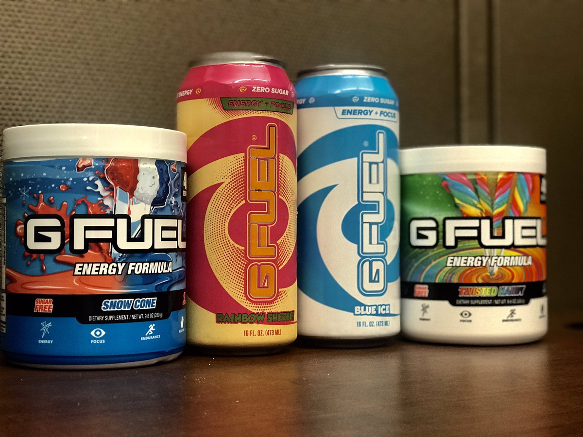 Day in and day out GFUEL get you right babe. Who wants biscuits? @GFuelEnergy<br>http://pic.twitter.com/qkC2VWoZMN