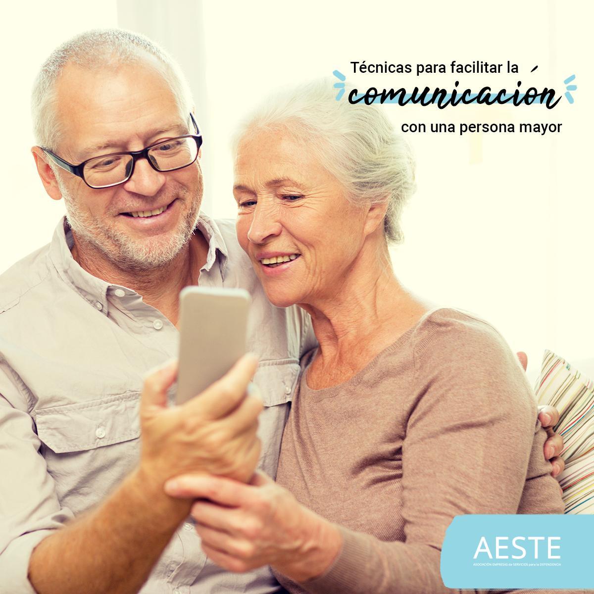 test Twitter Media - 🗨Para facilitar la comunicación con #PersonasMayores a nuestro cuidado: ✅Ayudar a que hable por teléfono con familiares y amigos. ✅Hablar suavemente y de frente, siendo lo más expresivo posible. ✅Utilizar frases breves y concretas    https://t.co/PDsfVDALfu https://t.co/znxGjkkqy9