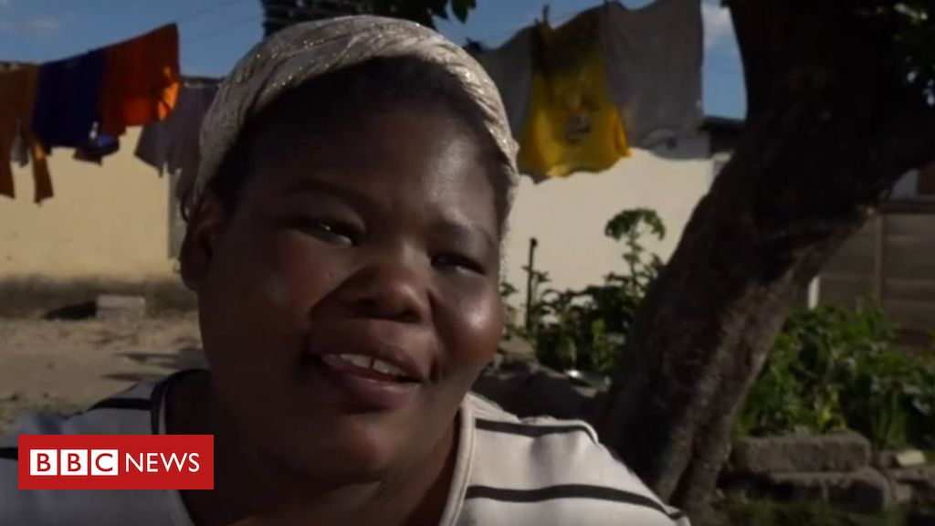 Zimbabwean comedian Gonyeti abducted and beaten https://bbc.in/31XFN22