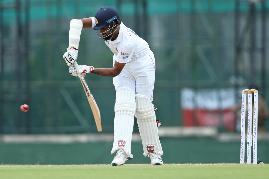 Sri Lanka claim the honours in the opening session of the second Test against New Zealand!They are one down, with Dimuth Karunaratne and Kusal Mendis well set.FOLLOW #SLvNZ LIVE ⬇️http://bit.ly/SLvNZ2
