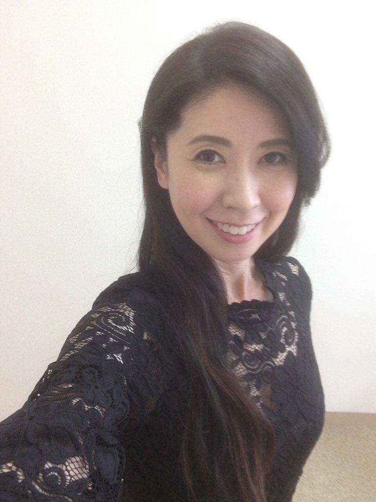 「科捜研の女」をご覧下さった僕の皆さま、ありがとうございます。カレンの華麗なるお仕置き、楽しんで頂けましたら幸せです。👠日向寺カレン👠#科捜研の女 #三石琴乃 #葉書職人