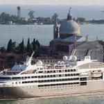 Image for the Tweet beginning: Venezia, le grandi navi da