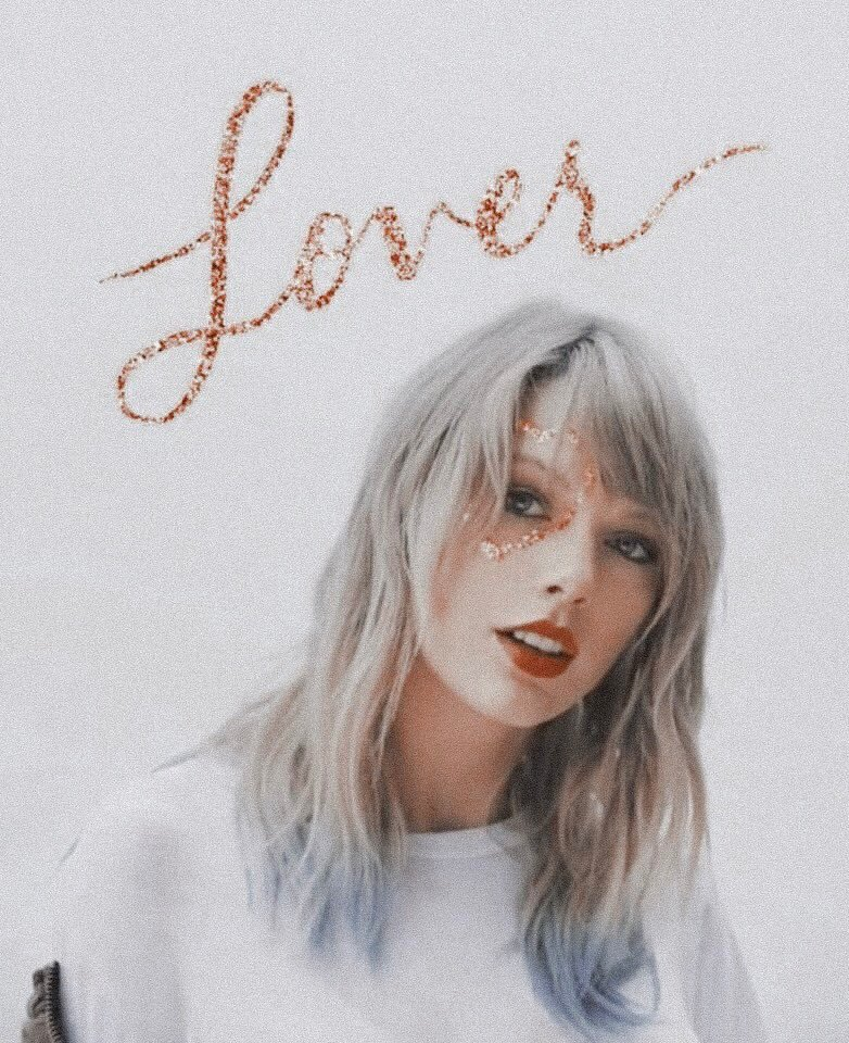 """Lover"" has now sold over 450,000 units in pre-sales in all Chinese music platforms. It supassed 'thank u, next' (356,930 units) and is now the best-selling western album in China of 2019. <br>http://pic.twitter.com/P6c6wvyHHr"