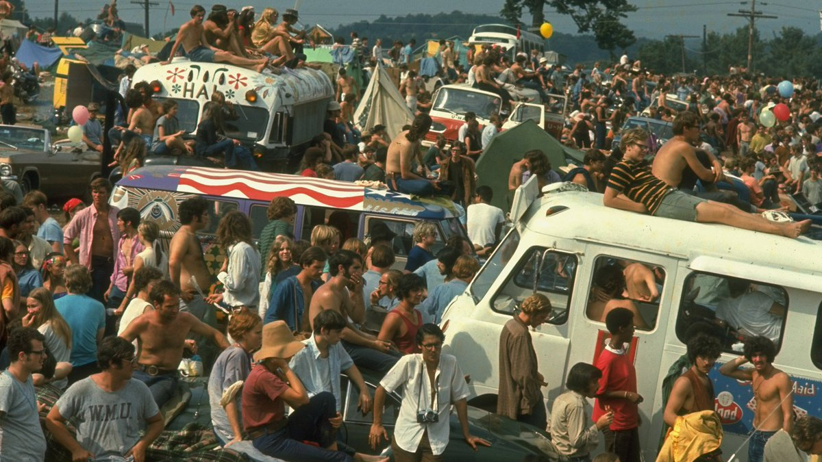 For your #TBT:Woodstock, 1969. https://www.youtube.com/watch?v=7EWehhSB0s4…#Woodstock #60svibes