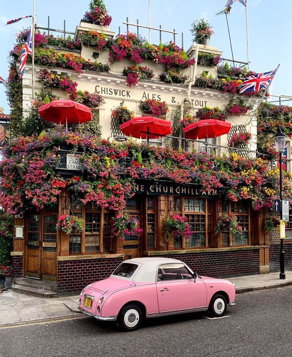 The Churchill Arms London <br>http://pic.twitter.com/5rM9e8uCwk