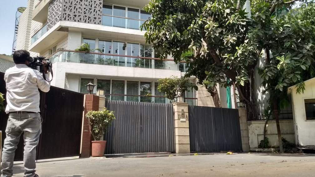 #Pchidambaram  #PChidamabaramArrested  #ChidambaramArrested  His salary was 1 Lakh 10 thousand ....He has 12 more houses like this ... .. which is worth 70Cr.. @PurandeswariBJP @bjptelangnaSM @bjpmediacellhp @bjpHooghlywB @bjpaniljoshi @BjpAnita @BJPMahilaMorch @BjpMahipatSingh