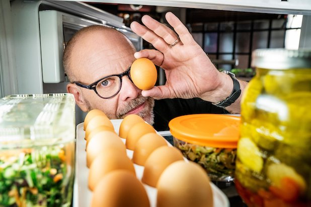 Why @AltonBrown Was 'Waiting on Technology' to End 7-Year Break From @FoodNetwork's 'Good Eats'  #GoodEats #GoodEatsTheReturn  https://www. thewrap.com/good-eats-the- return-alton-brown-more-new-episodes/  … <br>http://pic.twitter.com/CxhRfxOjHq
