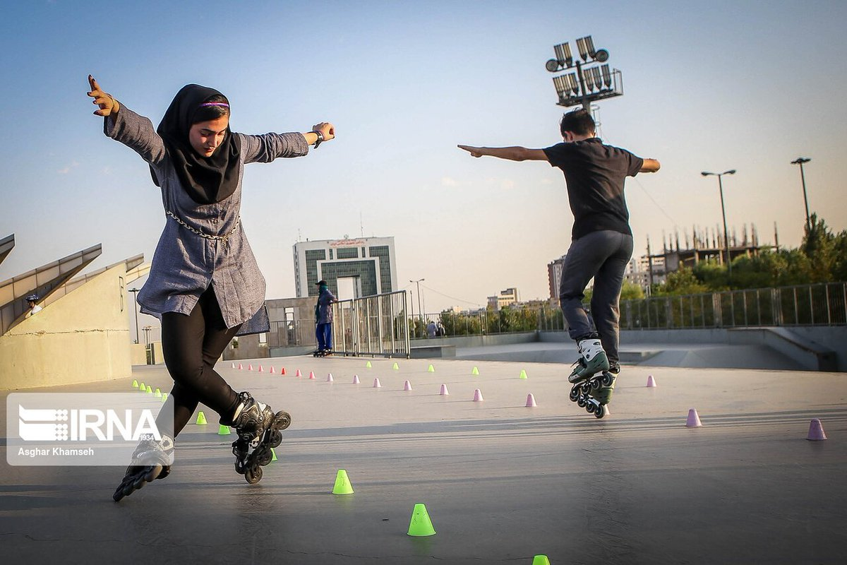 IRNA's Asghar Khamseh took some amazing photos of young Iranians shredding on rollerblades.   The skatepark at Tehran's Ab-o-Atash (Water and Fire) Park, the city's main public park, is a good example of the new kinds of public spaces that have emerged in the last decade. <br>http://pic.twitter.com/jvJHW0sA47