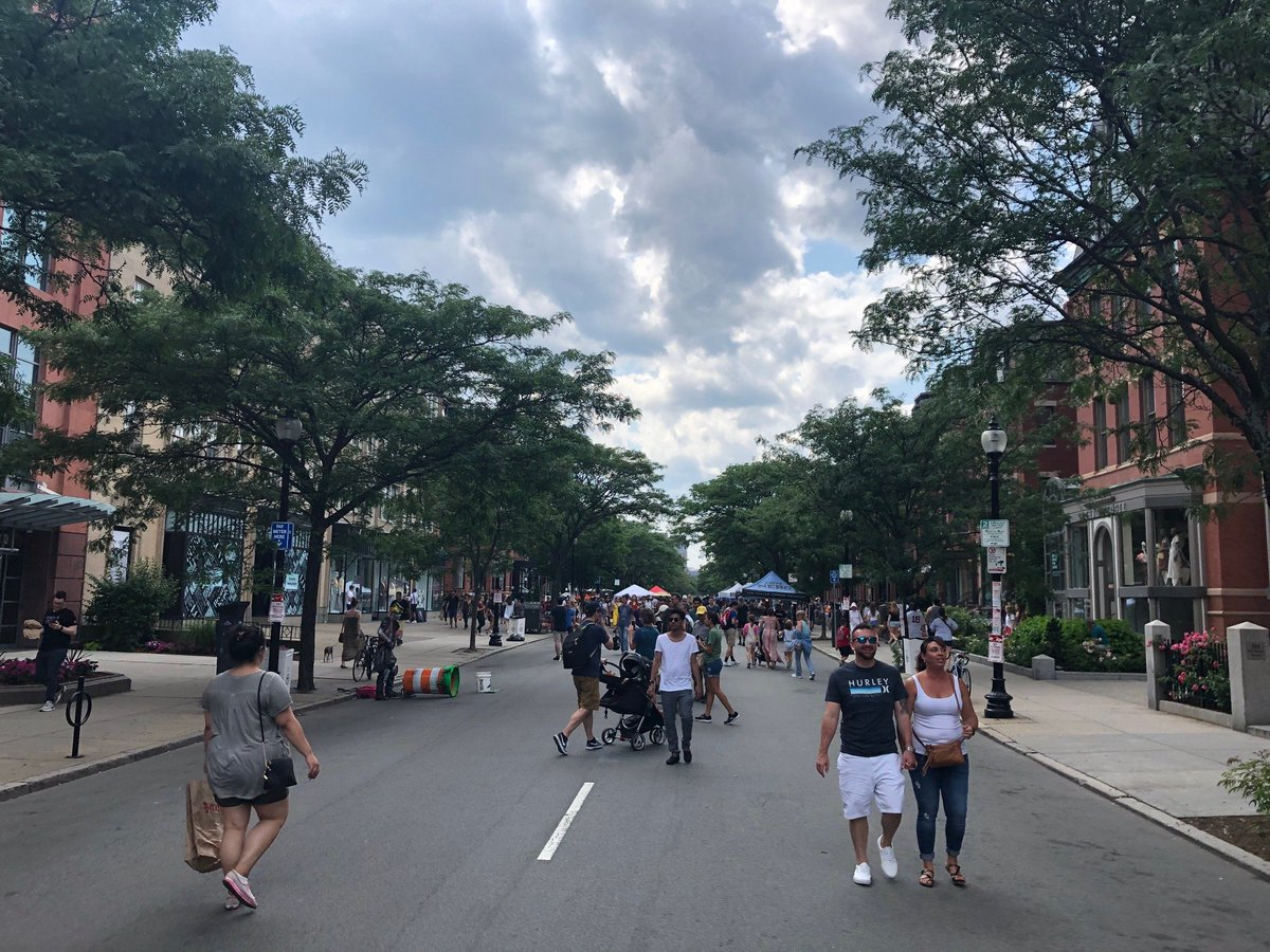 Looking for something to do this Sunday? Join us for our 2nd #OpenNewbury Edition. Its going to be the perfect day to dine, shop & stroll during this pedestrian-friendly event! To learn more about Open Newbury, visit here -->boston.gov/news/open-newb… CC: @marty_walsh @BBBHMHFONS