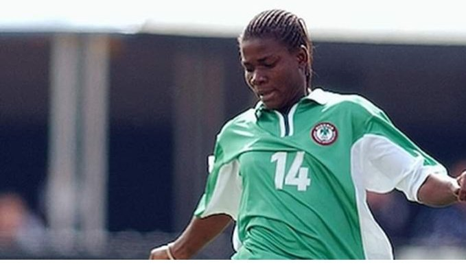 Ifeanyi Chiejine, a former Super Falcons player, has died. According to a statement released today, Thursday August 22nd by the Nigeria Football Federation NFF, Chiejine died after a brief illness on Wednesday August 21st.  #RIPIfeanyiChiejine #superfalcons <br>http://pic.twitter.com/9sqNhSHNEP