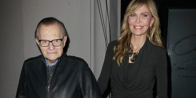 Larry King's Wife, Shawn, Says She's Not Going to Fight A Dying Man https://t.co/UQyGQe2B1U https://t.co/DSEazY0kGs
