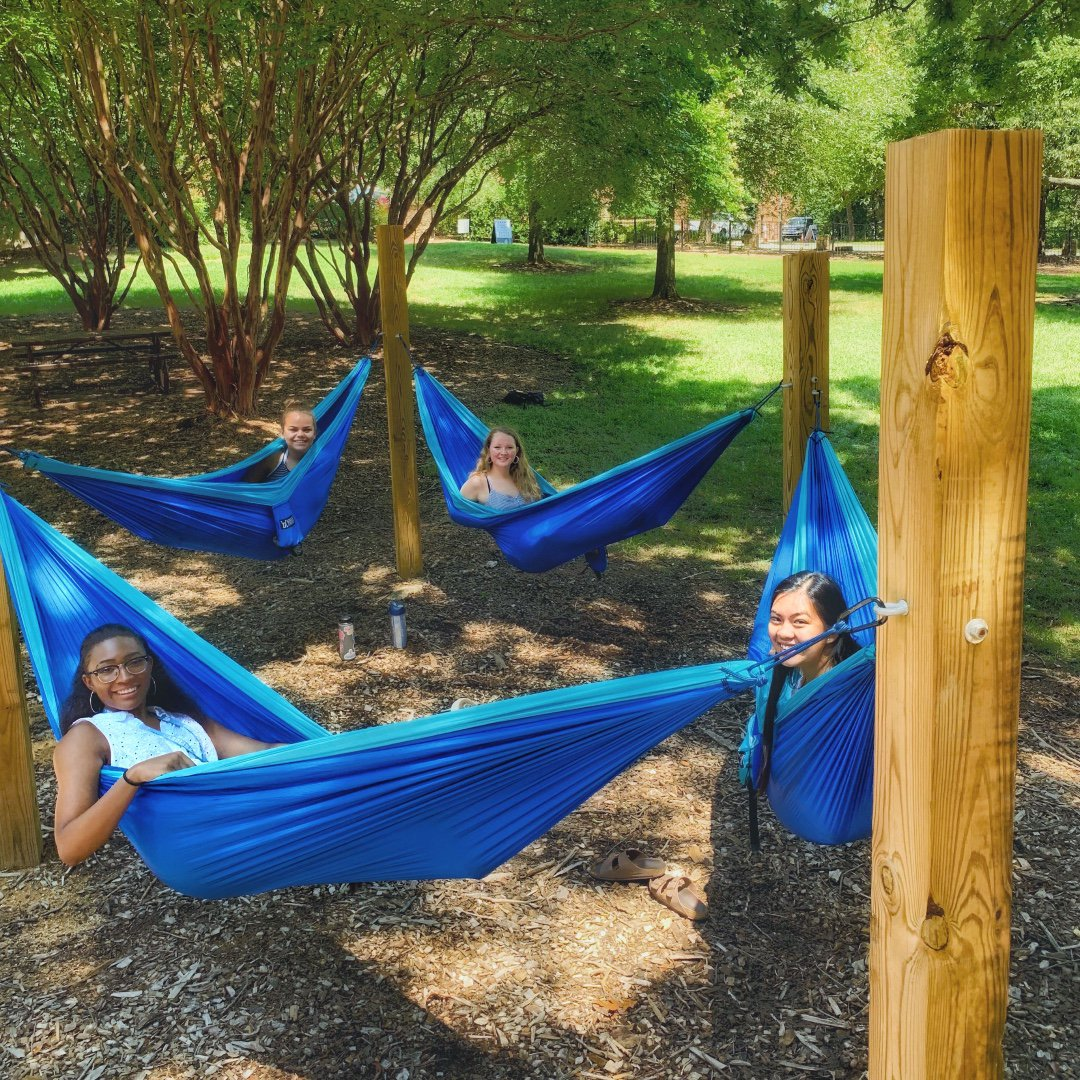 Worn out from all the Week of Welcome fun? Hang in there! 😎 #UNC | #UNCWOW2019 https://t.co/glyU9bThj4