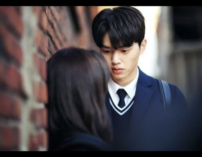 Am I the only one who thinks he looks like #YookSungJae and #LoveAlarm has School 2015: #WhoAreYou feels?? https://t.co/yPwlLVPaoo