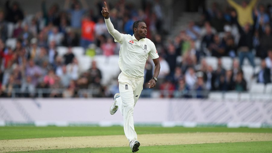 Jofra Archer claims six as Australia are all out for 179 https://t.co/pGyBN8OQas https://t.co/a4p7gehCtT