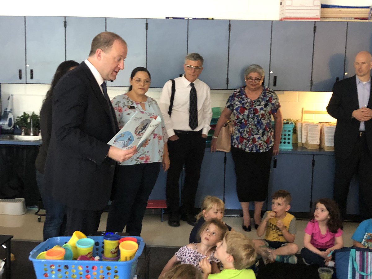 """Thank you, @GovofCO, @SenadoraJulie and @SerenaForCO for reading """"Clark the Shark Dares to Share"""" to one of our kindergarten classrooms this morning!"""