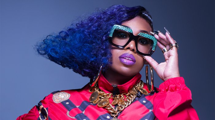 Missy Elliott to Drop New EP, 'Iconology,' Tonight dlvr.it/RBjPYc