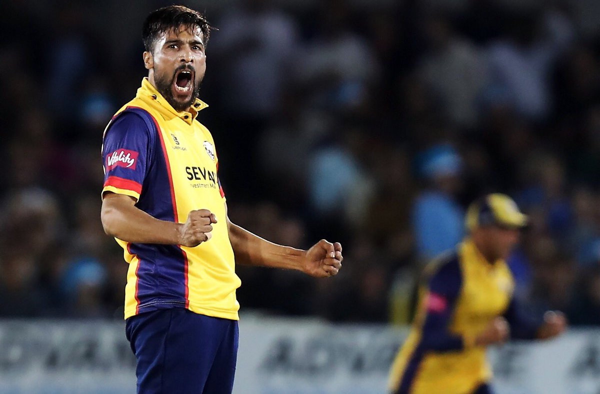 📸@iamamirofficial ends his 4 over spell with 4-29, including 12 dot balls!Let's finish this boys! #SoarWithUs 🦅