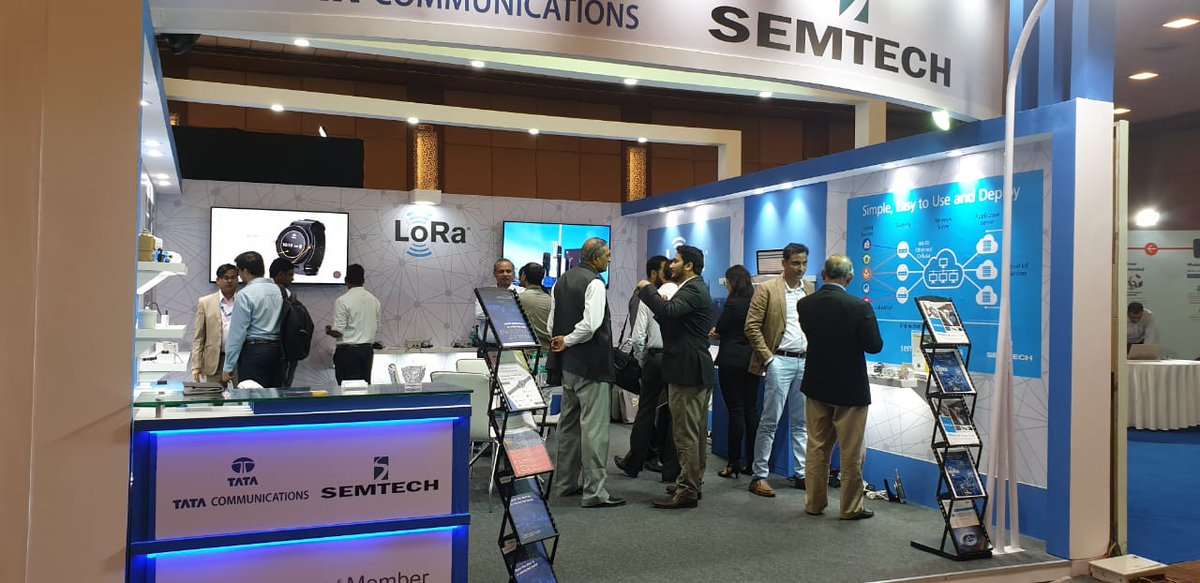 Busy day at @IoTIndCongress today as attendees see firsthand