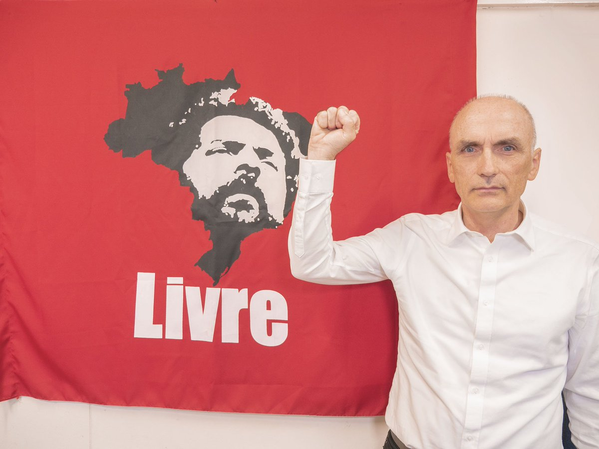 I want to again put on record my solidarity with Brazil's former president, Lula da Silva. He's been a political prisoner for over 500 days now. Had he not been unjustly locked up, the situation today would be very different. We must keep fighting for his freedom. #LulaLivre 5/5<br>http://pic.twitter.com/6cdGpPImt1