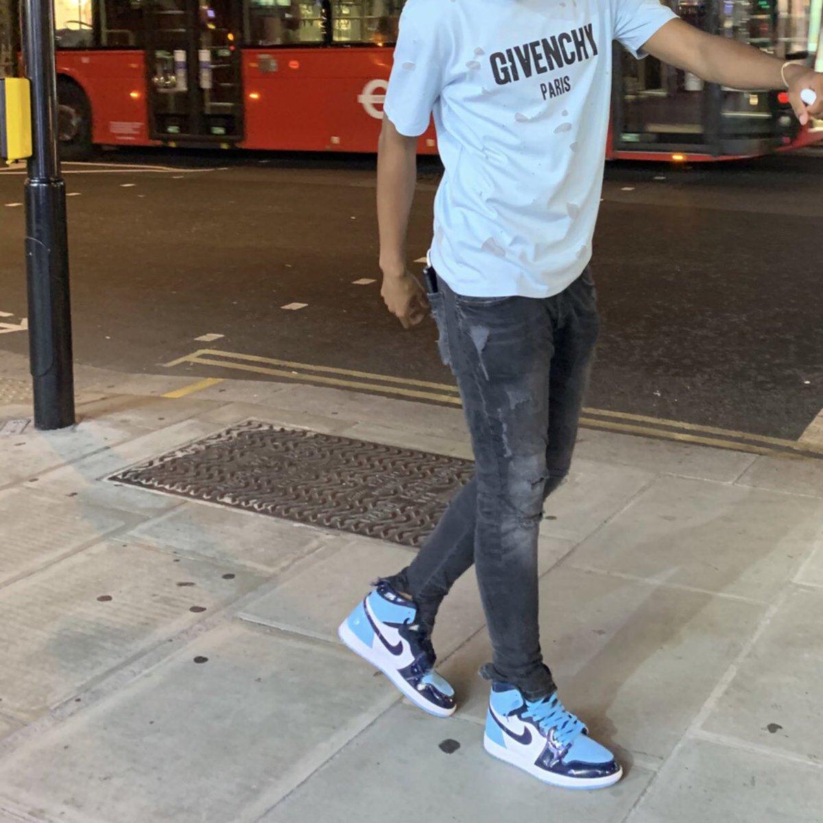 I can't be a regular pedestrian <br>http://pic.twitter.com/6Zydz6K2jH
