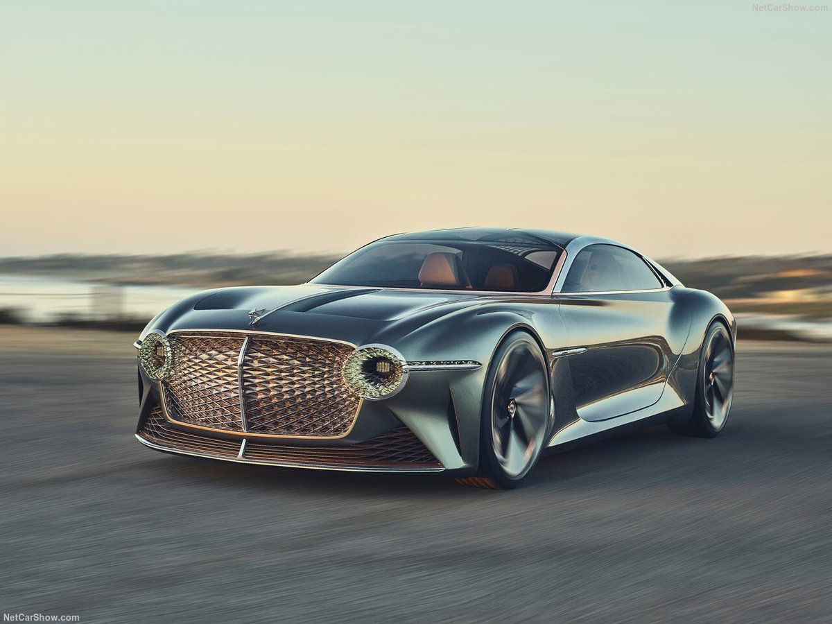 Bentley EXP 100 GT <br>http://pic.twitter.com/xFb2M6cEMr