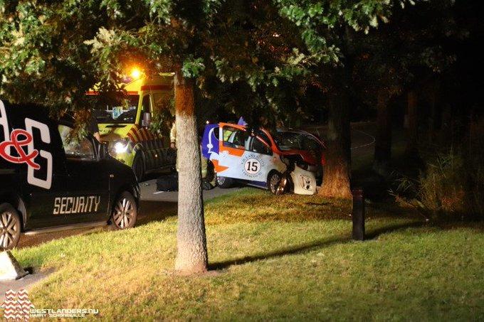 Drie gewonden bij zwaar ongeluk op De Poel https://t.co/BGQ47uT1qk https://t.co/7QwUPE6ZPB
