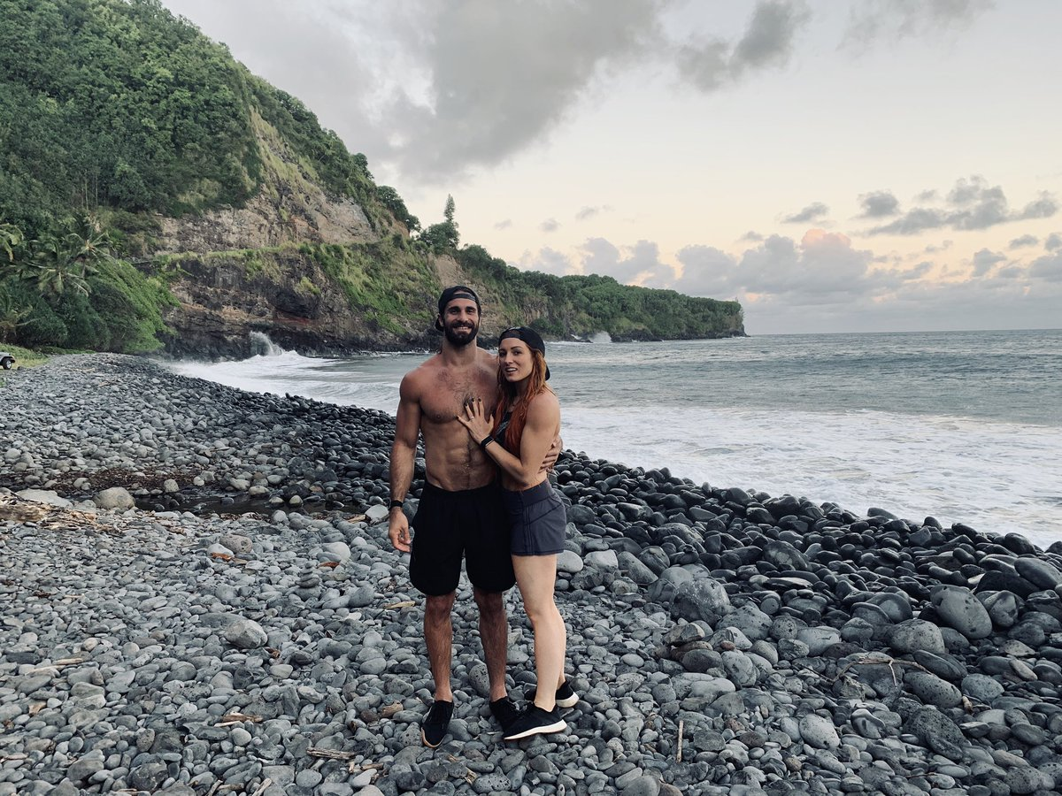 WWE Stars Seth Rollins And Becky Lynch Announce Engagement