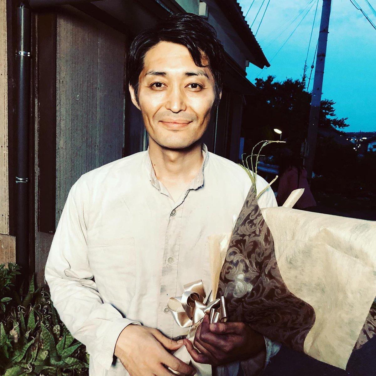 """安田顕 on Twitter: """"#睨み飯 ……久々に睨んでみようと思ったけど久々の ..."""