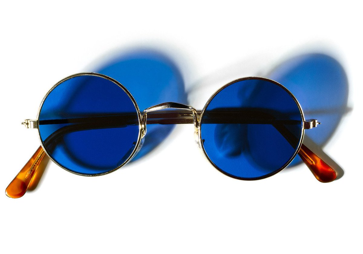 RT @dean_frey: Henry Leutwyler John Lennon's glasses https://t.co/vsW6rxYNCB
