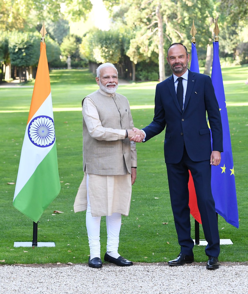 Met Mr. @EPhilippePM, Prime Minister of the French Republic. Our talks were comprehensive and covered the full range of India-French ties. <br>http://pic.twitter.com/DC8POEW93S