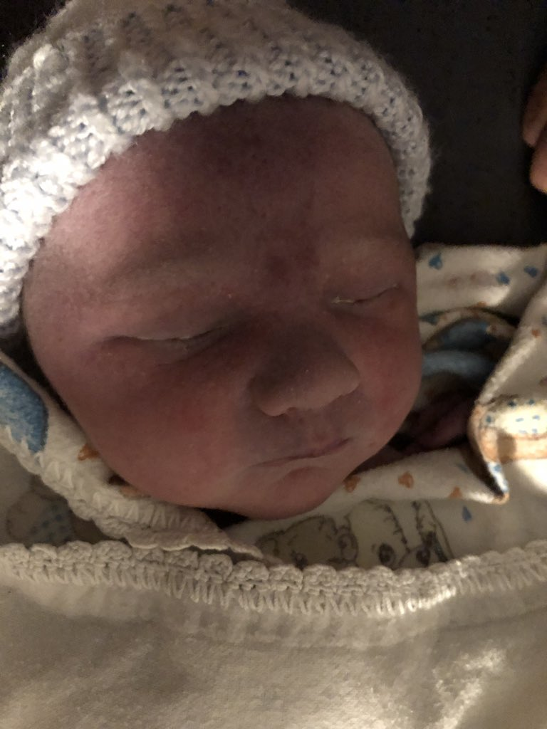 With joy and thanksgiving to our God and Father in Heaven we introduce the newest member of our family, Kenneth Hein Kelly, born this evening at home weighing 9.2 lbs. Mom and baby are doing great. (Our rainbow baby born on #rainbowbaby day!)<br>http://pic.twitter.com/86p4YiiV53